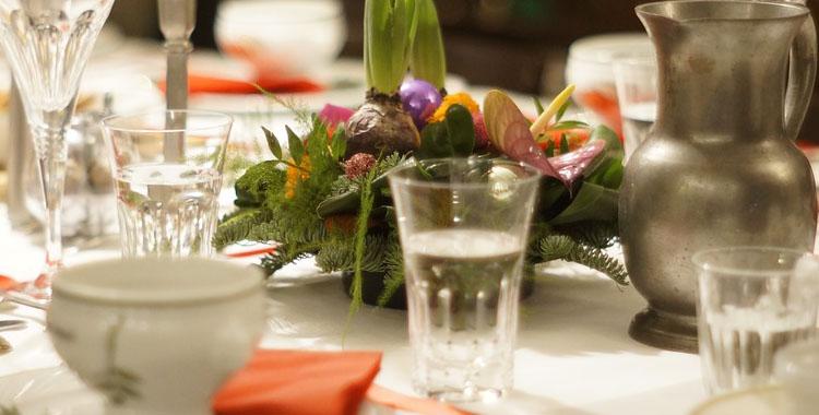 como poner la mesa en fiestas nochevieja protocolo