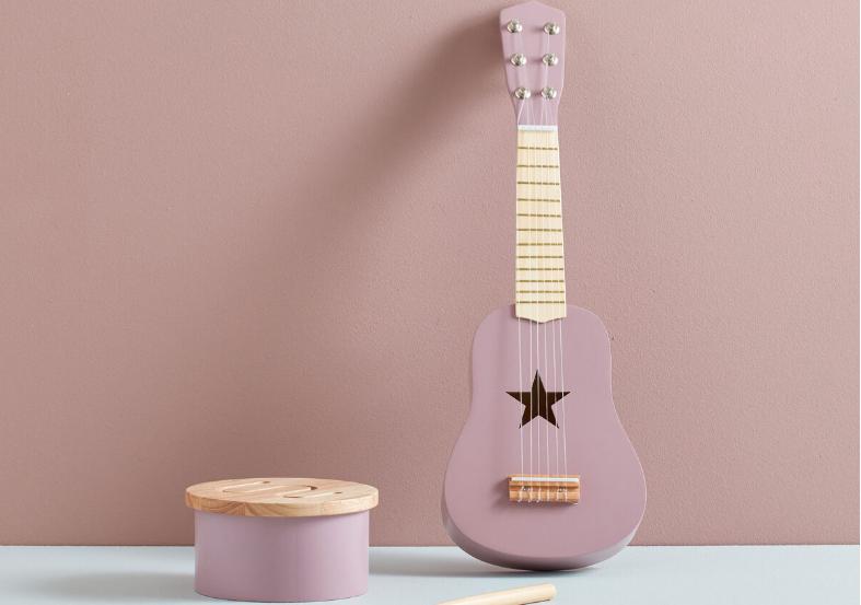 Guitarra lila Tutete. Regalos Navidad y Reyes