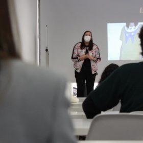 Masterclass Comunicación No Verbal Científica Paloma Silla Destáca-te en ESSDM Sevilla de Moda