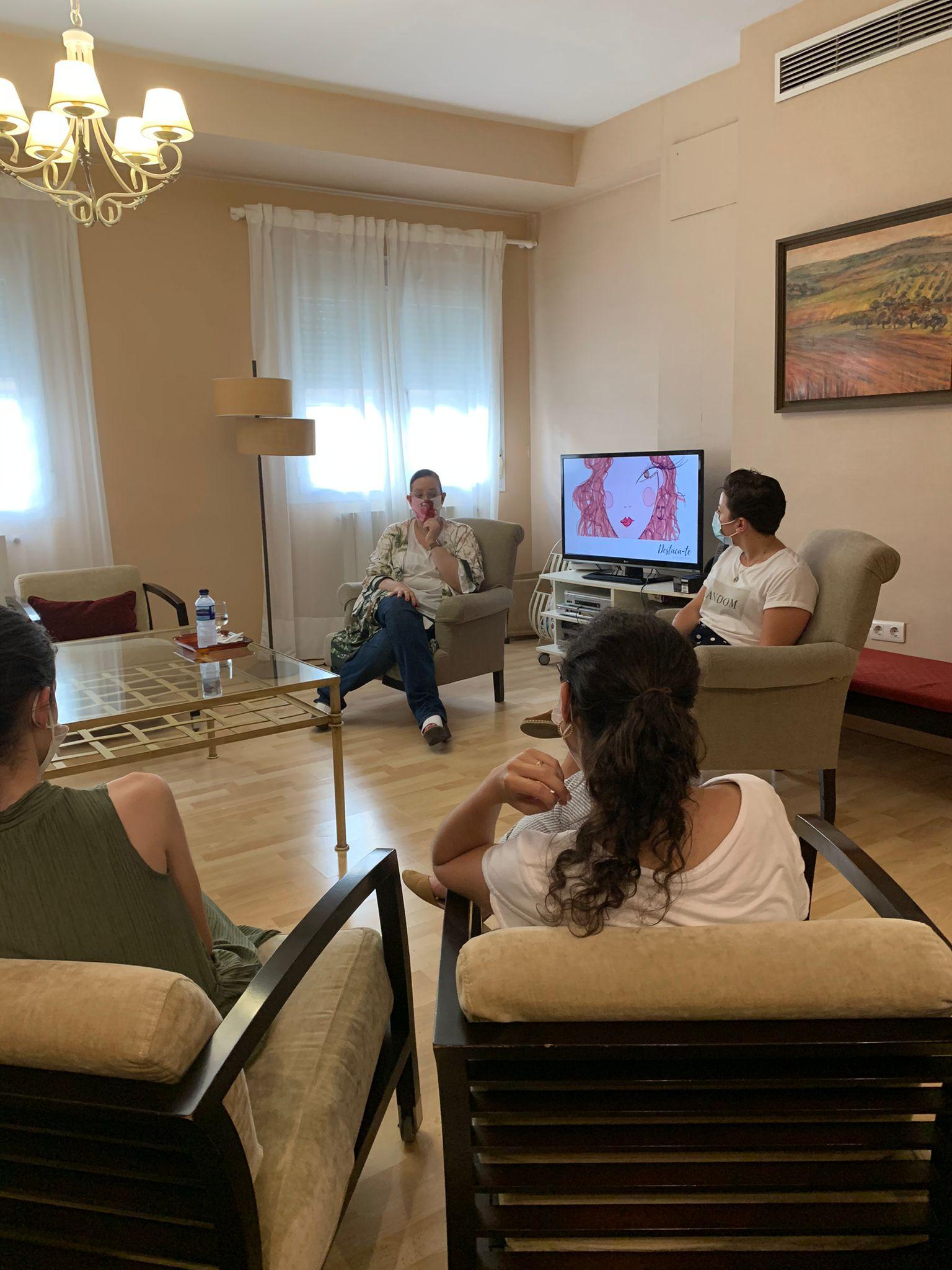 Paloma-Silla-Destaca-te-imagen-Sevilla-consultoria-marca-personal